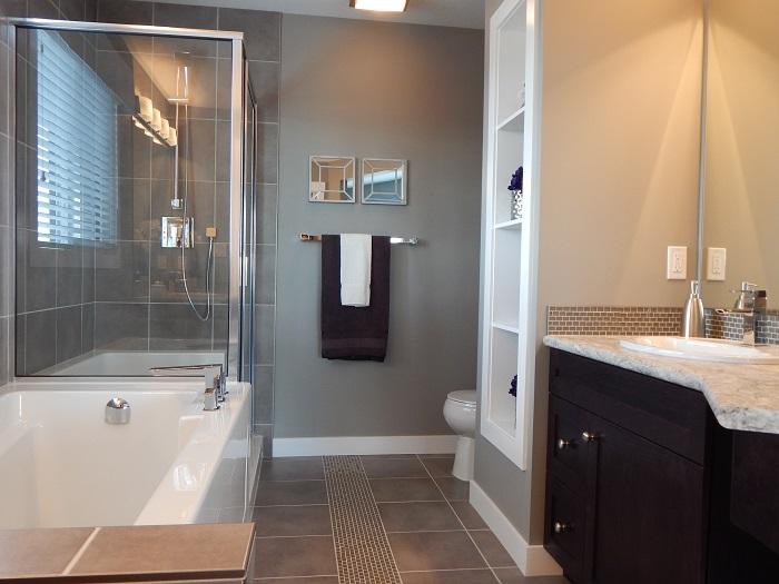 Malé koupelny s vkusnými doplňky